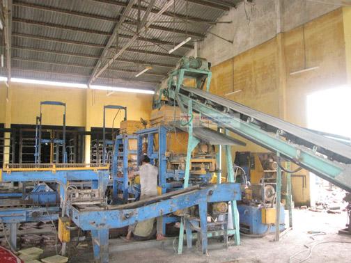 băng tải cho nhà máy sản xuất gạch
