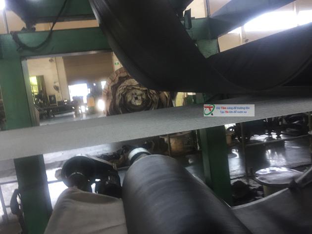 Sản xuất băng tải cao su lõi thép tại nhà máy heesung